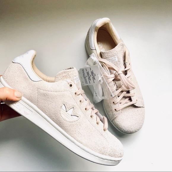 NEW ADIDAS Originals Stan Smith Nude Suede Sneaker NWT